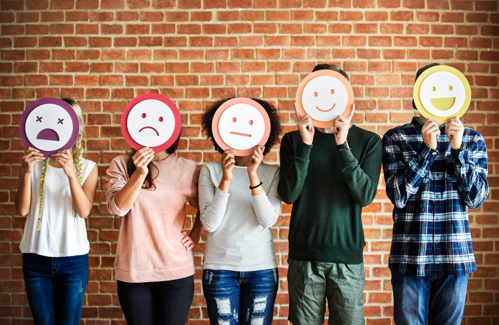 eCommerce Product Listings That Bring In Sales-emotion emoji people